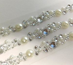 Siena Pearl & Crystal Cluster Self Adhesive 3 per sheet