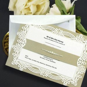 10 april Beige & pearls personalised invitation with printed inserts