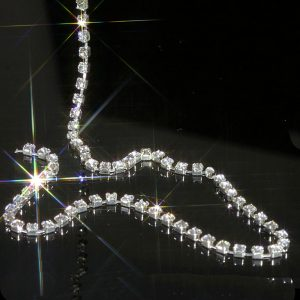 Rhinestone Diamante Chain Trim Grade A 3mm Wide x 1 Metre Long