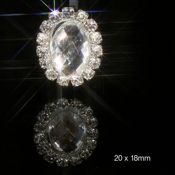 10 Oval Diamante Embellishment With Acrylic Crystal Effect Centre